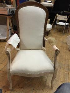 fabien-godrie-fauteuil-voltaire-manchettes